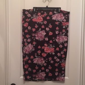 Torrid Size 2X (2) Floral Straight Pencil Skirt